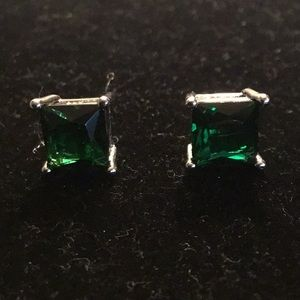 QUALITY EMERALD STAMPED 925 SILVER POST EARRINGS